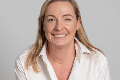 Dr Lucy Robson